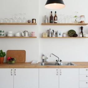 декор стен на кухне интерьер
