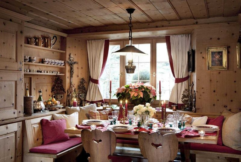 Деревянная отделка кухни в стиле кантри