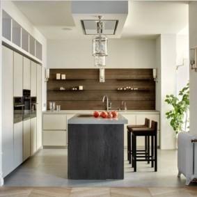 кухня совмещенная с балконом интерьер фото