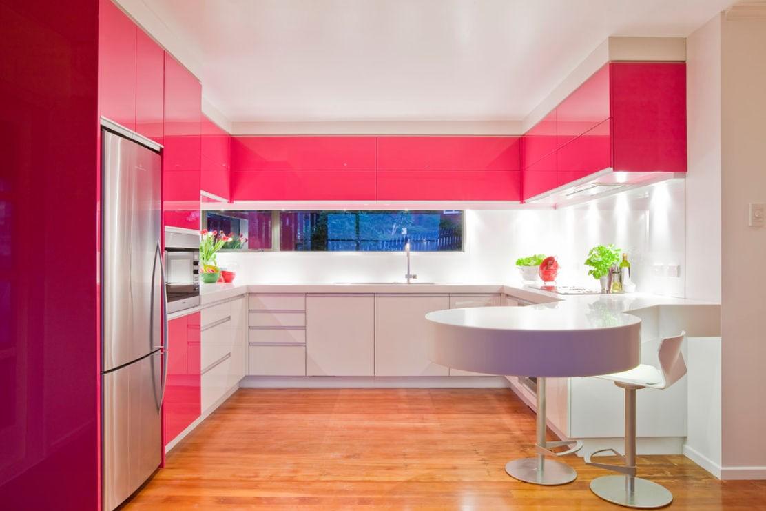 дизайн кухни 2019 розовый