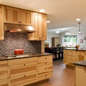 кухня в загородном доме идеи фото