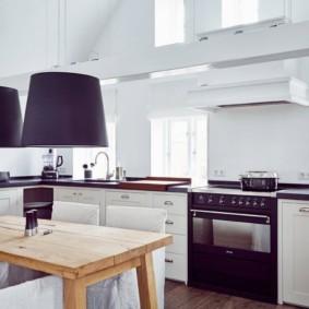 кухня в загородном доме идеи варианты