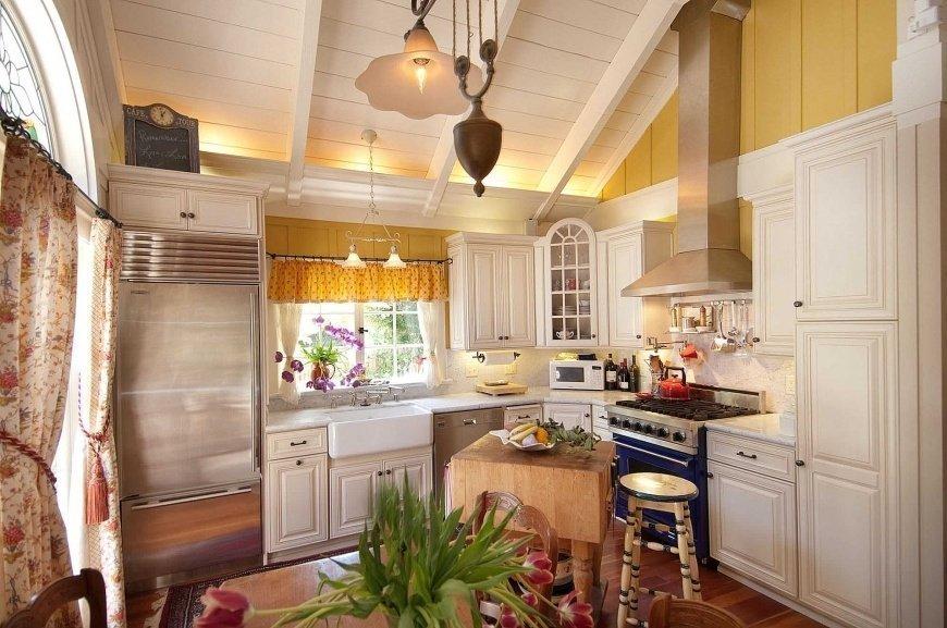 кухня в загородном доме виды идеи