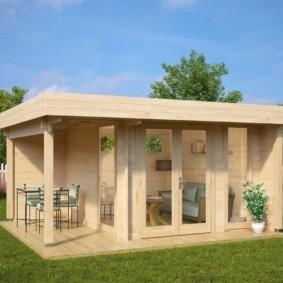 Деревянная летняя кухня для дачного участка