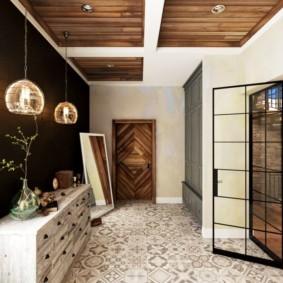 длинный коридор в квартире шале