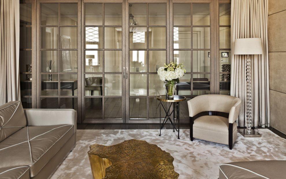 Стеклянные двери в гостиной стиля арт деко