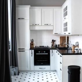 Зонирование напольным покрытием кухни гостиной