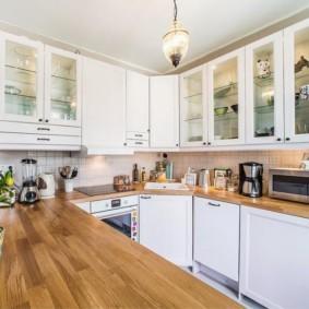 Кухонная столешница из клееного дерева