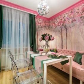 Розовая обивка кухонного дивана