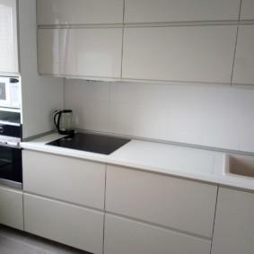 Гладкие поверхности кухонных фасадов