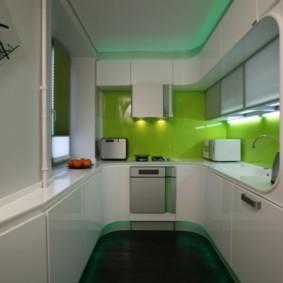 Зеленый фартук из каленного стекла