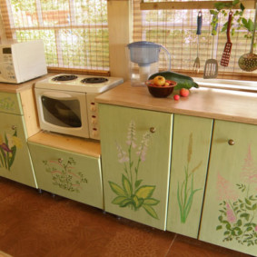 Декупаж фасадов старого кухонного гарнитура