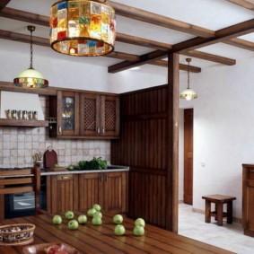 Оштукатуренные стены кухни в частном доме