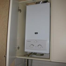 Монтаж газовой колонки в кухонном шкафу