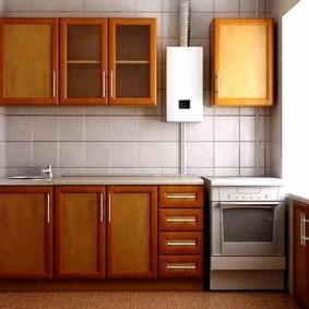Облицовка кухни квадратной плиткой