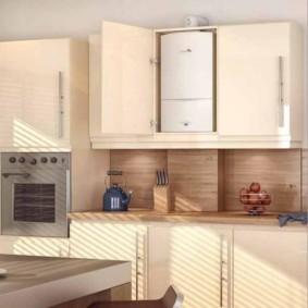 Духовой шкаф в кухне городской квартиры