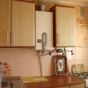 Кухня в хрущевке с газовой плитой