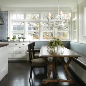 Кожаная обивка кухонного дивана