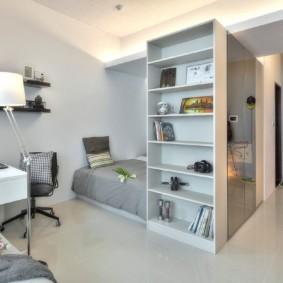 Стеллаж для хранения книг в квартире
