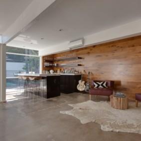Большая кухня с панорамным окном