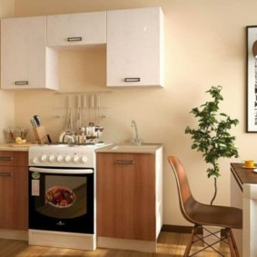 Мини-кухня с газовой плитой