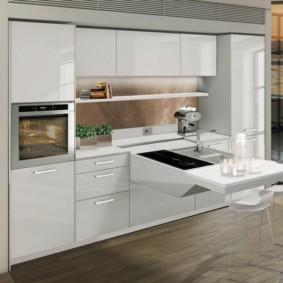 Линейный гарнитур для мини-кухни