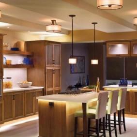 Декоративная подсветка кухонного острова
