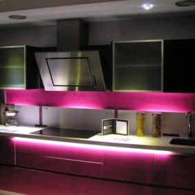 Ночная подсветка кухонного гарнитура