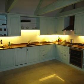 Освещение рабочих поверхностей кухонного гарнитура
