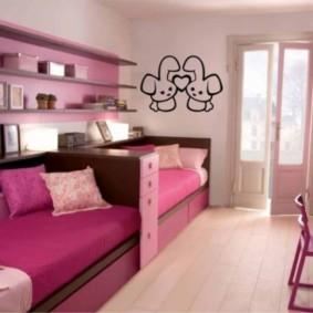 Спальня для сестер в розовом цвете