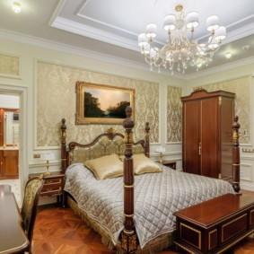Декор картиной стены в спальне