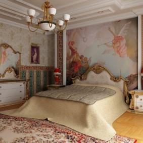 Фреска в духе эпохи Возрождения на стене спальни