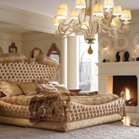 Дизайн спальни с настоящим камином