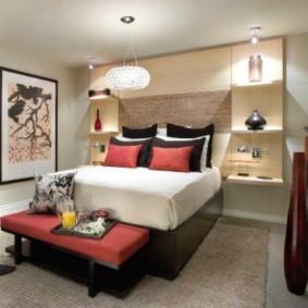 Светлая спальная комната в восточном стиле