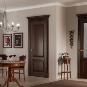 Ретро мебель в современной гостиной
