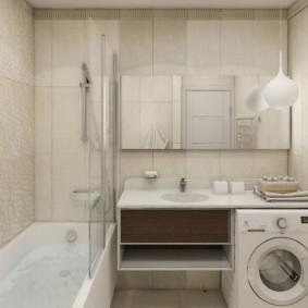 Место для стиральной машинки в квадратной ванной