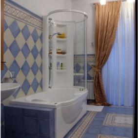 Акриловая ванна с душем и шторкой