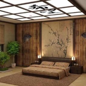 Подвесной потолок в японской спальне