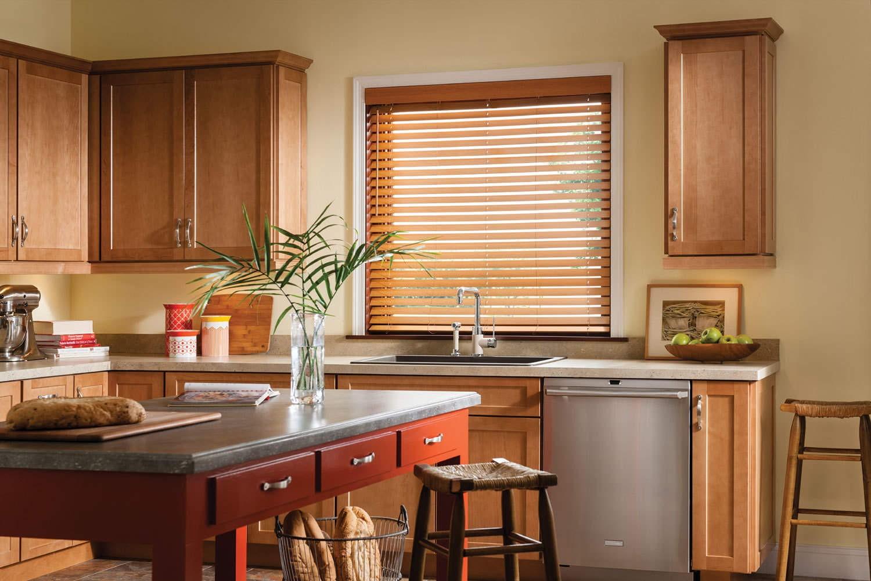 карпушина кухни с деревянными окнами фото буквально метался между