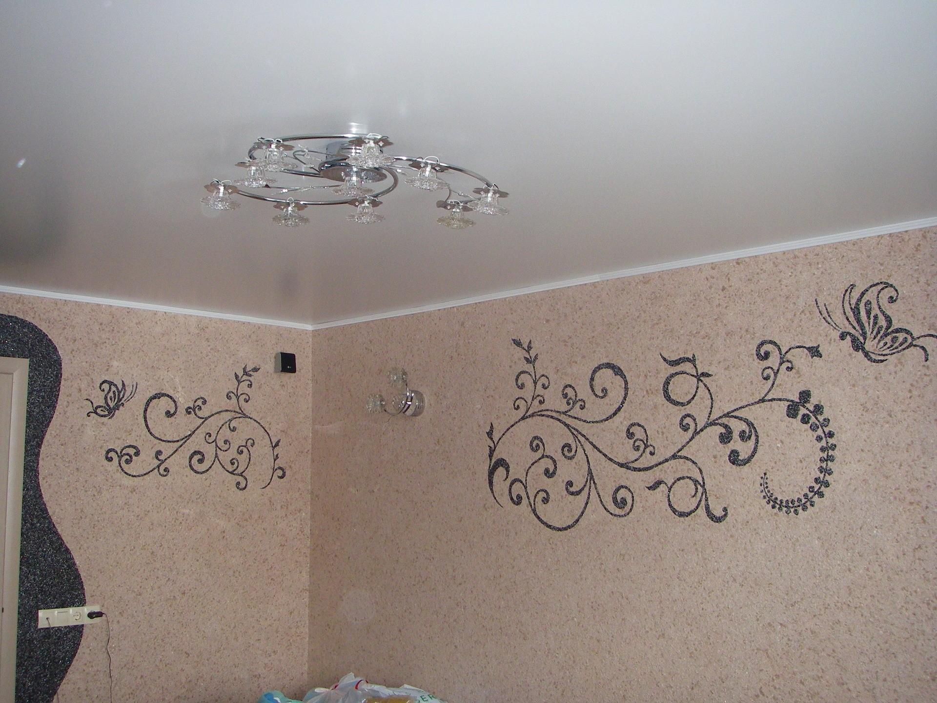 кухне жидкие обои рисунок на стене фото еще слюнявчик