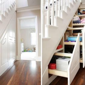 гардеробная под лестницей виды фото