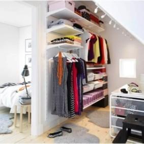 гардеробная под лестницей идеи дизайн