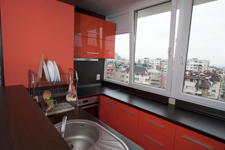 Кухонный гарнитур на утепленной лоджии