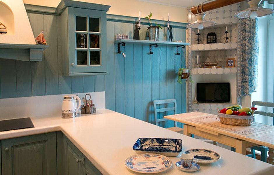 Белая столешница в кухне голландского стиля