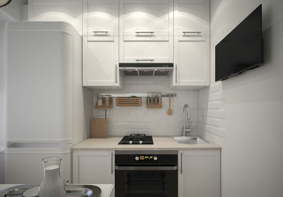 Линейная кухня с холодильником в хрущевке