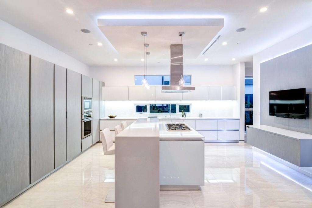 Освещение кухни в стиле минимализма
