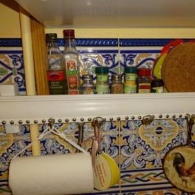 как спрятать газовую трубу на кухне фото идеи