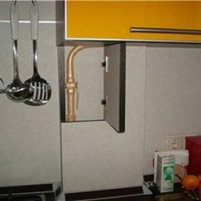 как спрятать газовую трубу на кухне интерьер идеи