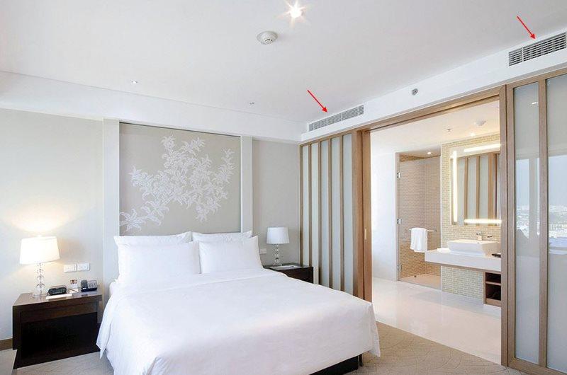 Канальная сплит-система в спальне без окон