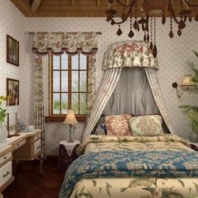 Красивый балдахин в комнате молодой девушки